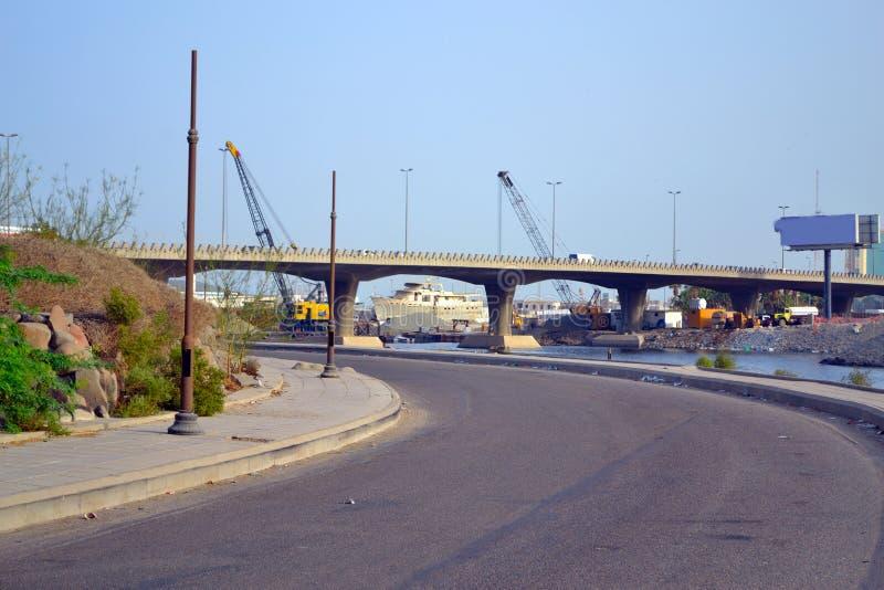 Route et pont de port au-dessus de l'ouest quarante photo libre de droits