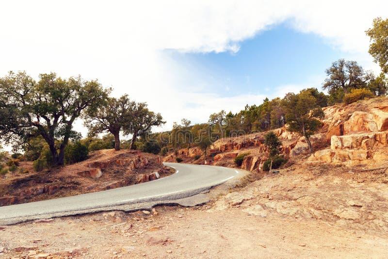 Route et sol rouge photo libre de droits