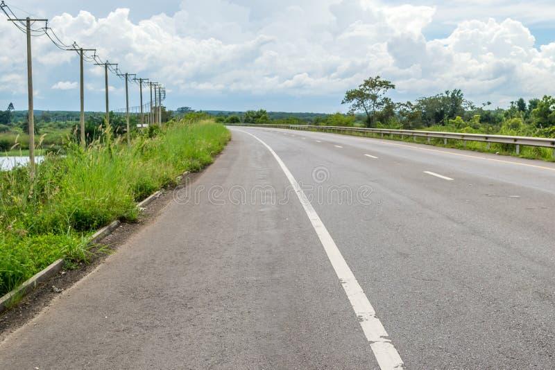 Route goudronnée en Thaïlande photo stock