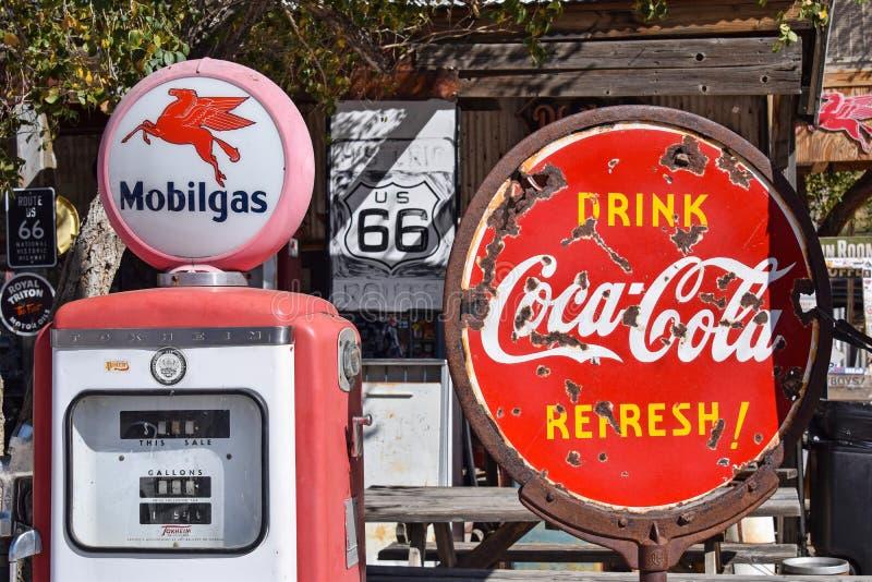 Route 66, Hackberry, Coca-Cola-Zeichen lizenzfreies stockfoto