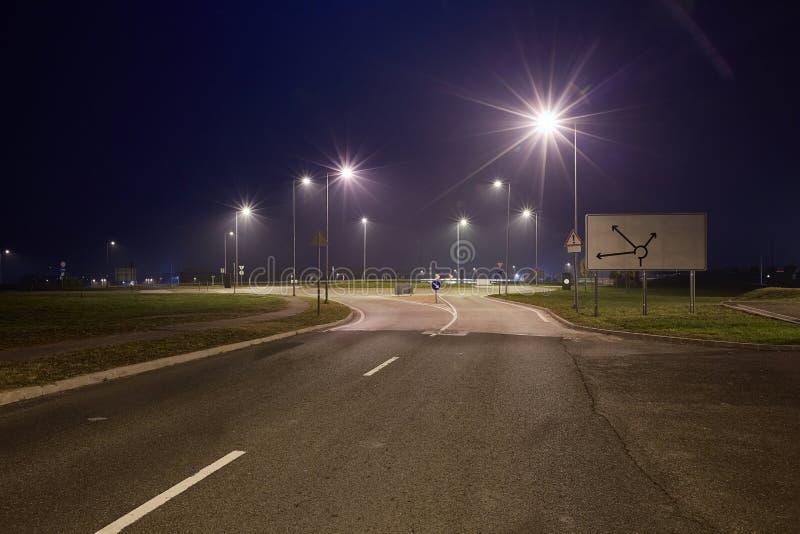 Route la nuit photographie stock libre de droits