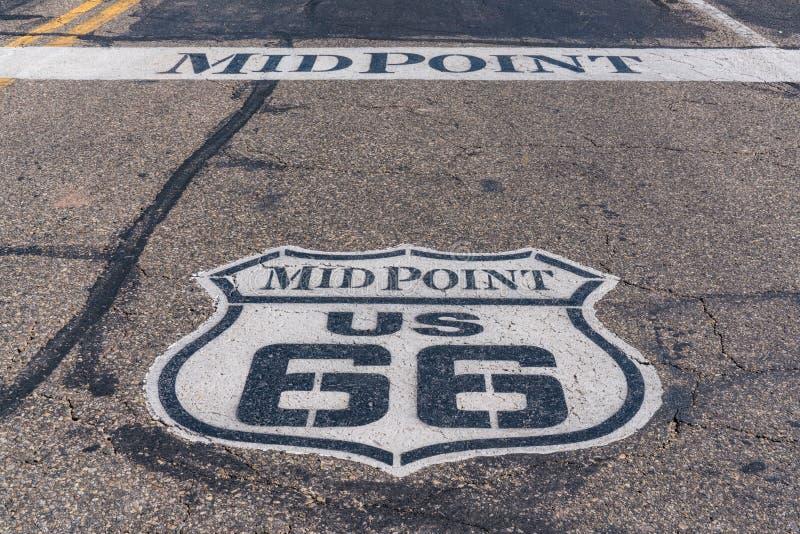 Route 66 -Mittelpunkt stockbild