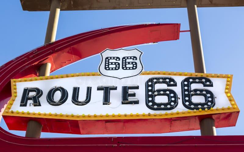 Route 66 -Motelteken, Kingman, Arizona, de Verenigde Staten van Amerika, Noord-Amerika stock foto's