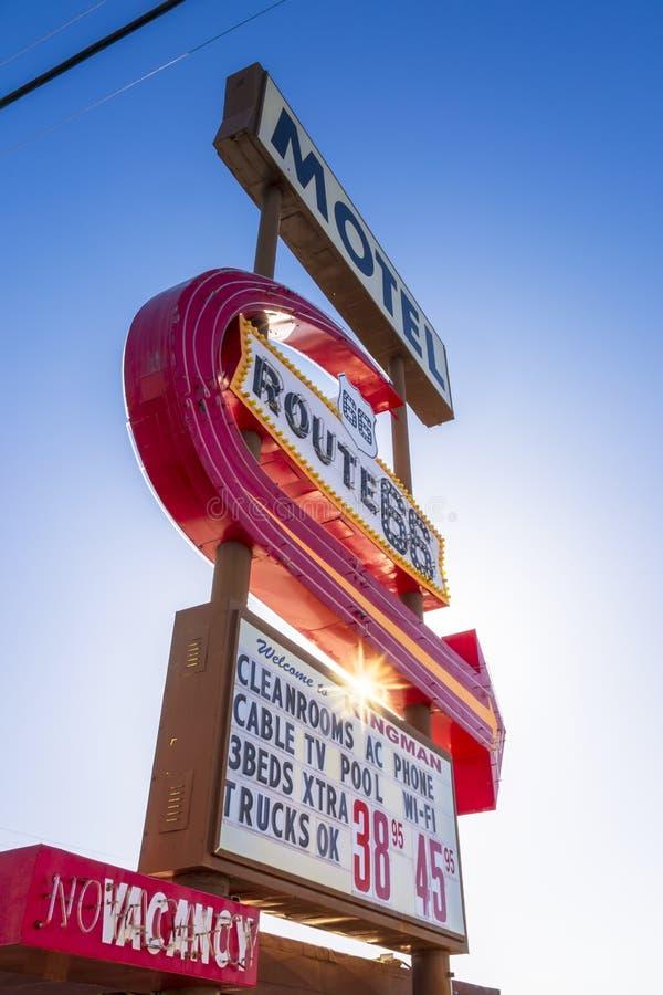 Route 66 -Motelteken, Kingman, Arizona, de Verenigde Staten van Amerika, Noord-Amerika stock afbeelding