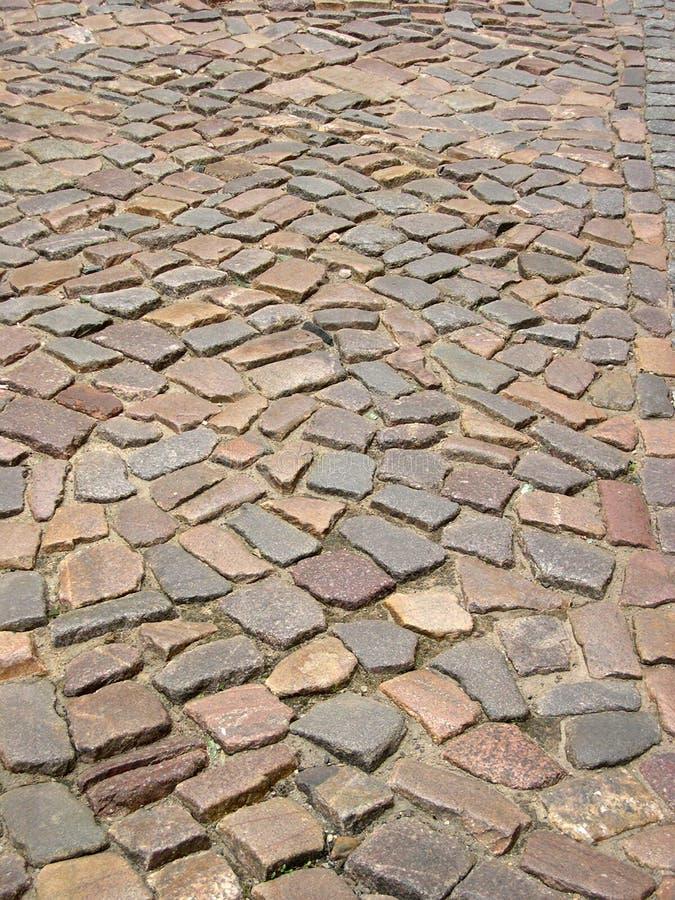 Route pavée en cailloutis image libre de droits
