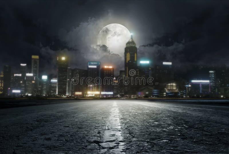Route pendant la nuit images libres de droits