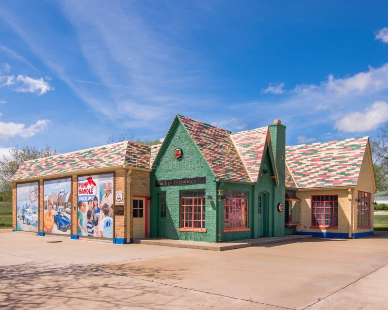 Route 66: Phillips 66 Benzinestation, Cuba, MO stock fotografie