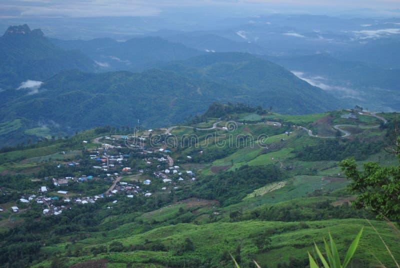 Route Phu Tubberk Phetchabun Thaïlande de montagne photographie stock