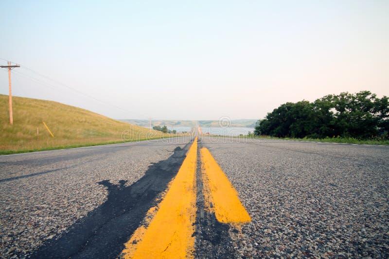 Route rurale près de lac Oahe photo libre de droits