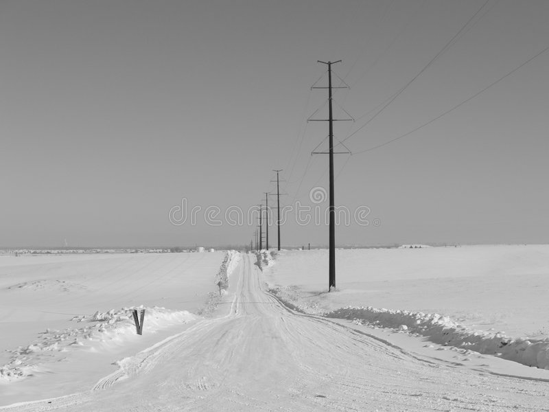 Route rurale vide de l'hiver image libre de droits