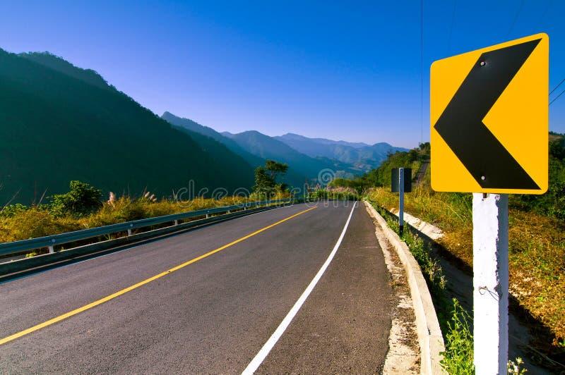 Download Route Sur La Montagne Thaïlande Photo stock - Image du extérieur, signe: 45350144