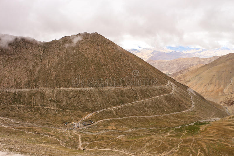 Route to Changla Pass stock photography