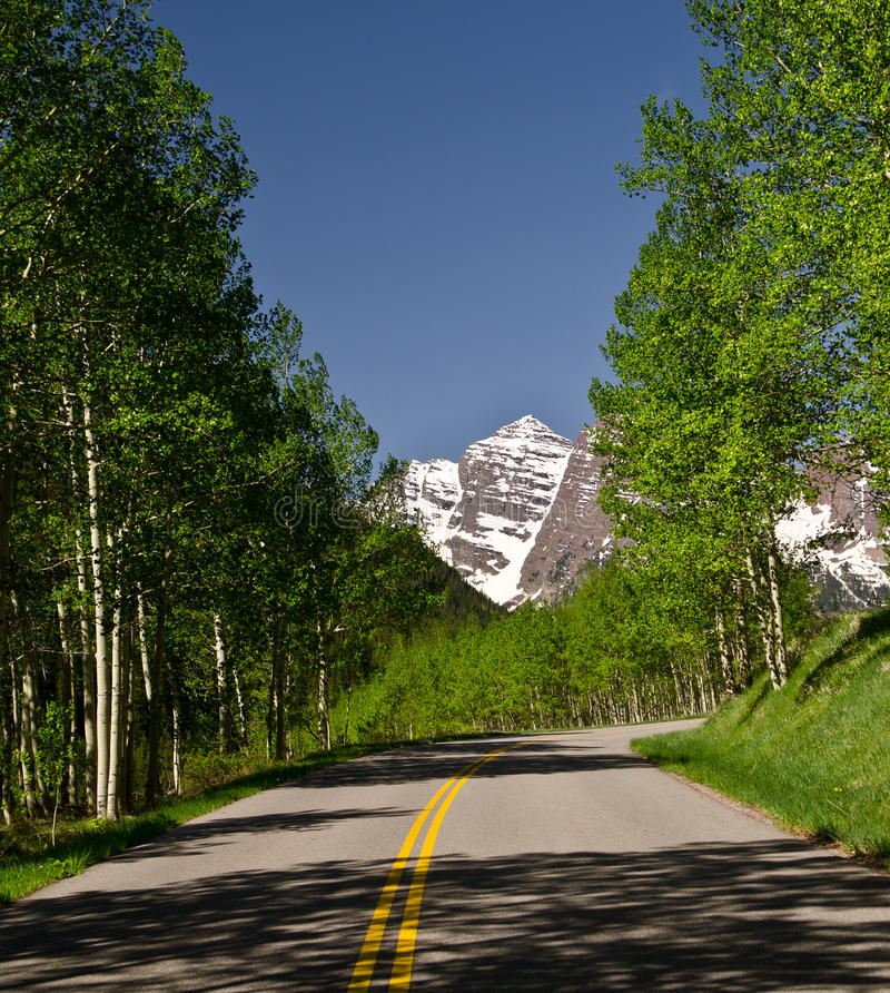 Route to Maroon bells stock image