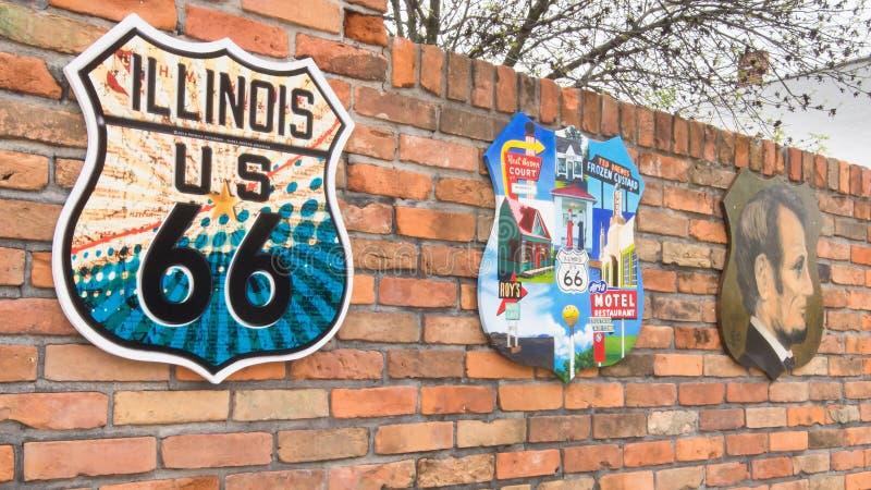 Route 66 : Trois boucliers de images stock