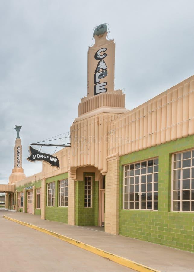 Route 66: Van u-daling de Post Herbergenconoco, Klaver, TX royalty-vrije stock foto