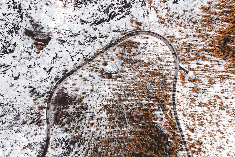 Route vers le lac Tahoe aux Etats-Unis photographie stock libre de droits
