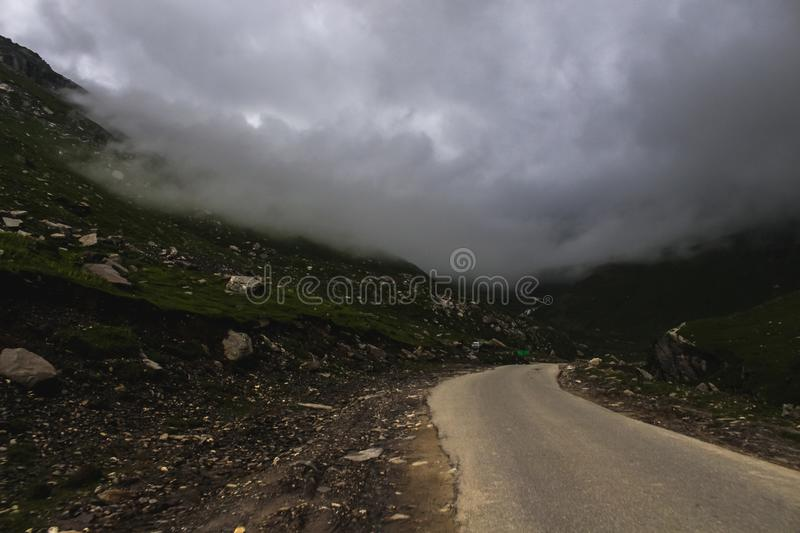 Routes de montagne et photo stock