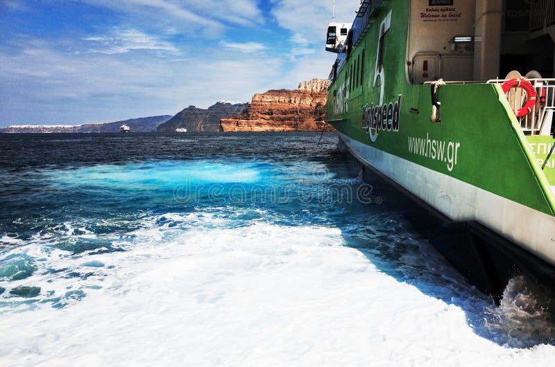 Routes helléniques au port d'Athinios, SANTORINI images stock