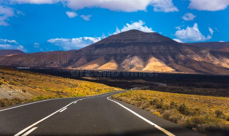 Routes sur l'île de Lanzarote photographie stock libre de droits