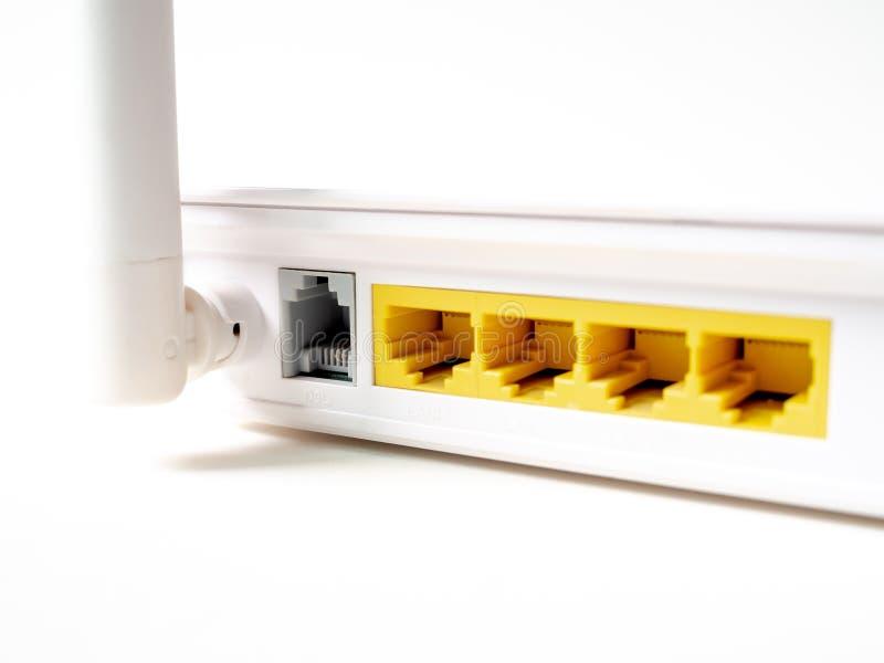 Routeur sans fil blanc de WI-FI d'Internet photos stock