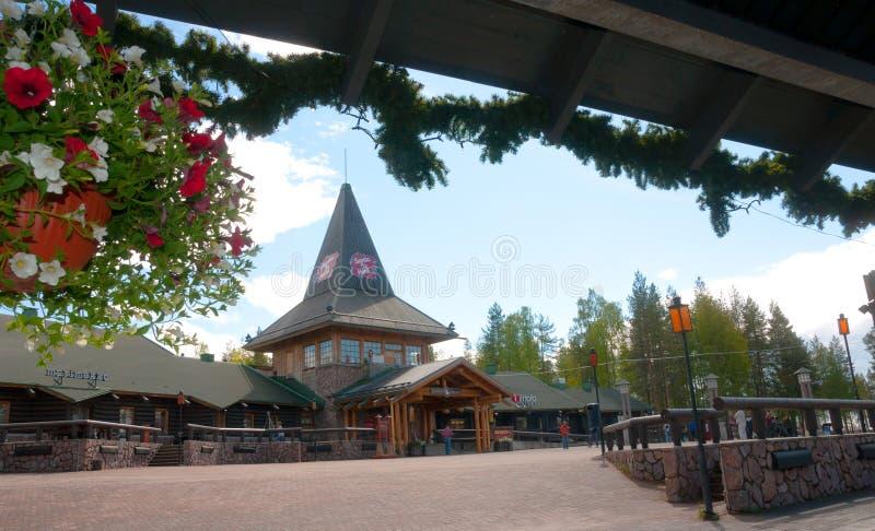 Rovaniemi Lapland region, Finland Santa Claus Village är ett nöjesfält i sommar arkivbilder