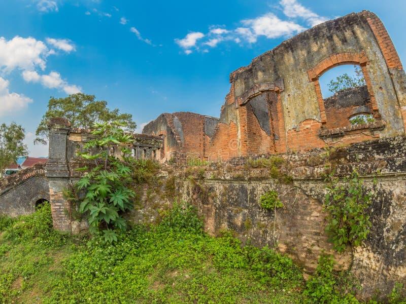 Rovina coloniale francese Muang Khoun, Laos fotografie stock