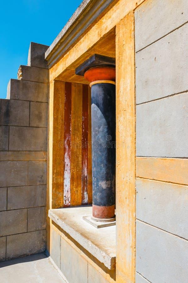 Rovine antiche del palazzo famoso di Minoan di Knosos, isola di Creta, Grecia fotografie stock