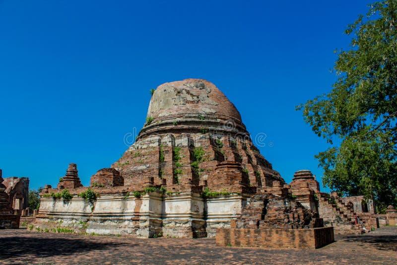 Rovine antiche del parco storico di Ayutthaya di wat immagine stock