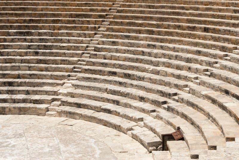 Rovine antiche del teatro di Roman Kourion fotografia stock