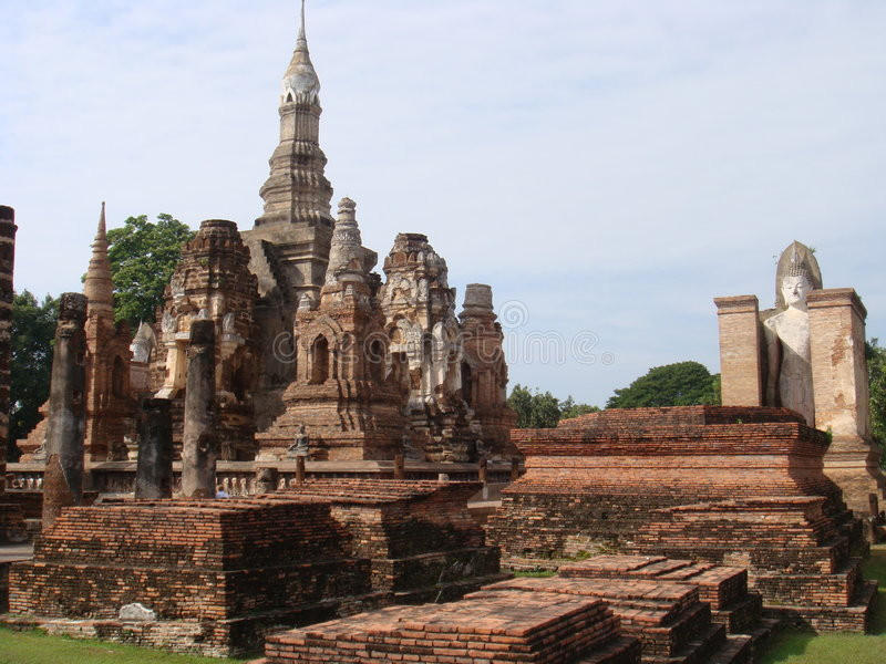 Download Rovine Antiche Di Sukhothai Fotografia Stock - Immagine di tradizione, buddhism: 7312466