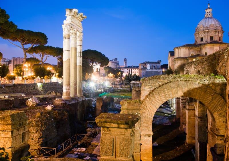 Rovine antiche - Roma immagine stock