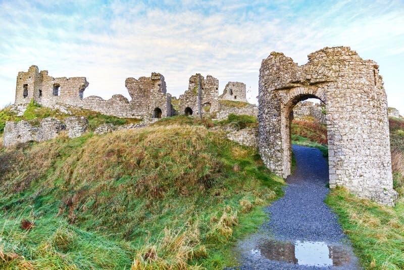 Rovine del castello di Dunamase fotografia stock libera da diritti