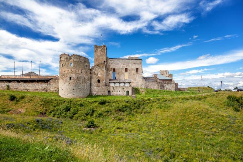 Rovine del castello livone di ordine Rakvere, Estonia, stati baltici, fotografia stock