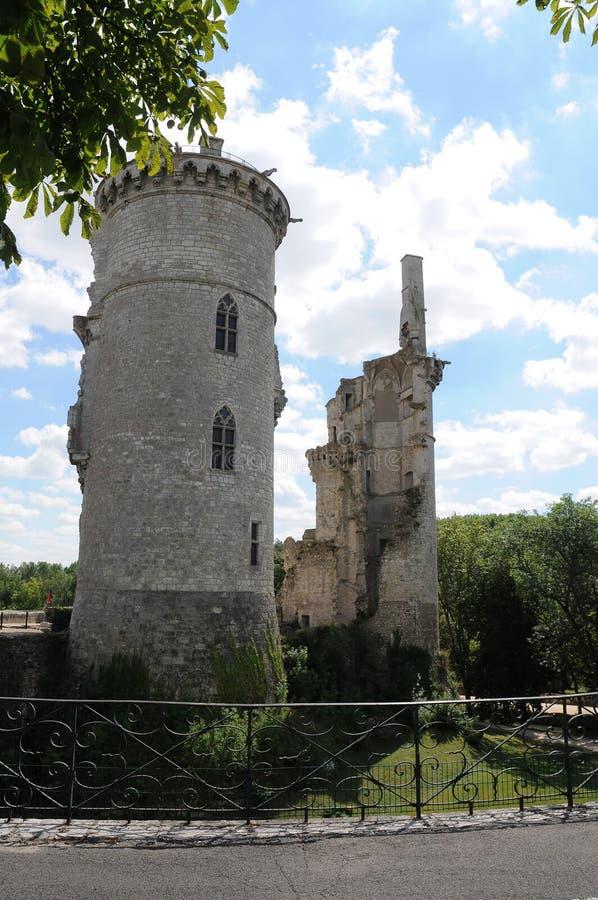 Rovine del castello nel sur Yevre di Mehun fotografie stock libere da diritti