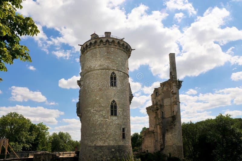 Rovine del castello nel sur Yevre di Mehun immagini stock libere da diritti