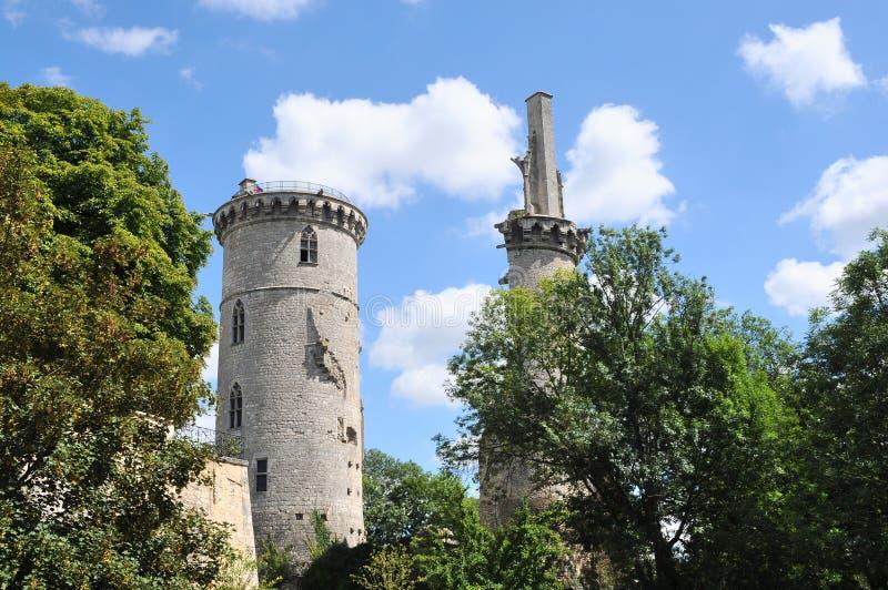 Rovine del castello nel sur Yevre di Mehun fotografia stock libera da diritti