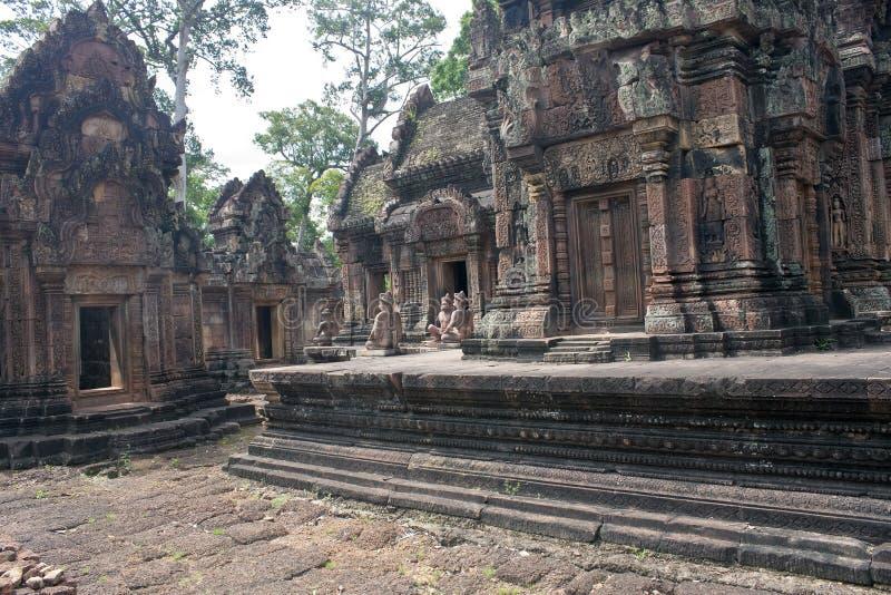 Rovine del tempio antico Banteay Srei di Angkor fotografie stock