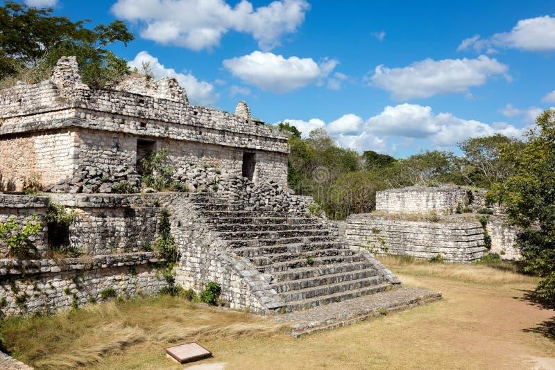 Rovine del tempio maya antico in Ek Balam immagini stock