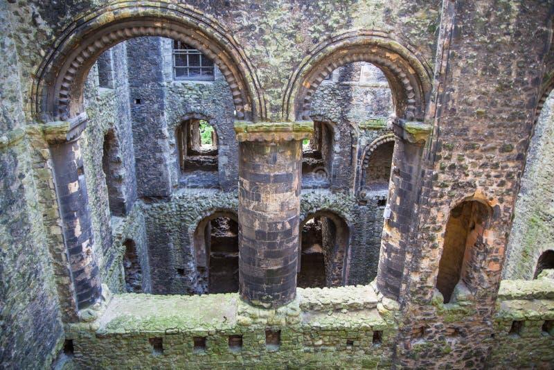 Rovine del XII secolo del castello di Rochester Castello e rovine delle fortificazioni Risonanza, Inghilterra sudorientale immagine stock libera da diritti
