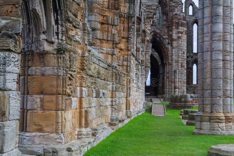 Rovine dell'abbazia di Whithby fotografia stock libera da diritti