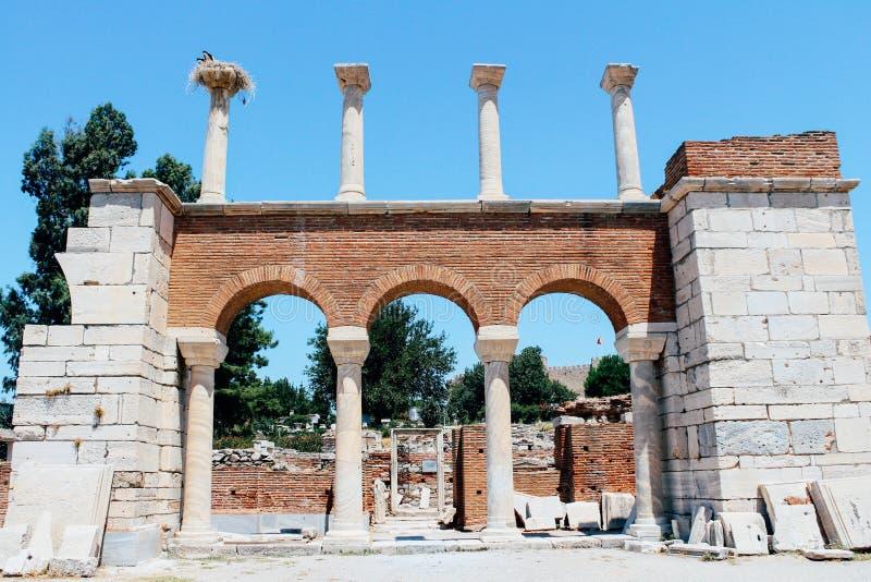 Rovine della basilica di St Johns in Selcuk, Turchia fotografie stock