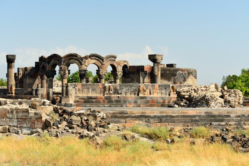 Rovine della cattedrale Ejmiatsin, Armenia di Zvartnots fotografia stock