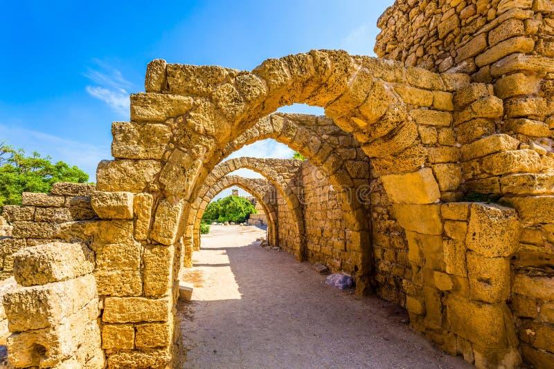 Rovine della città antica di Cesarea fotografie stock