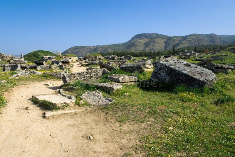 Download Rovine Della Città Antica Di Hierapolis Fotografia Stock - Immagine di internazionale, storia: 56882264