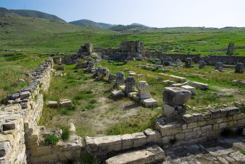 Download Rovine Della Città Antica Di Hierapolis Immagine Stock - Immagine di byzantine, nube: 56882807
