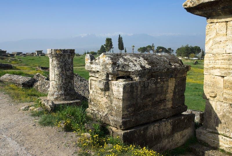 Download Rovine Della Città Antica Di Hierapolis Fotografia Stock - Immagine di byzantine, coltura: 56883238