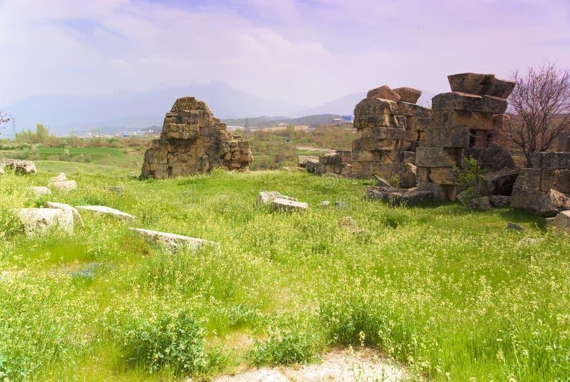 Download Rovine Della Città Antica Di Hierapolis Fotografia Stock - Immagine di giorno, monumento: 56883674