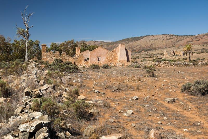 Rovine della fattoria di Kanyaka di abbandono. Gamme del Flinders. Austr del sud immagini stock