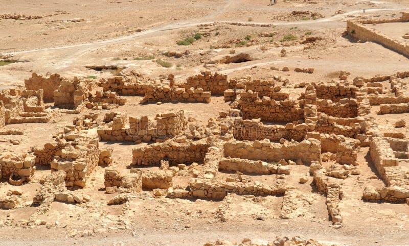 Rovine della fortezza antica di Masada nel deserto fotografie stock libere da diritti