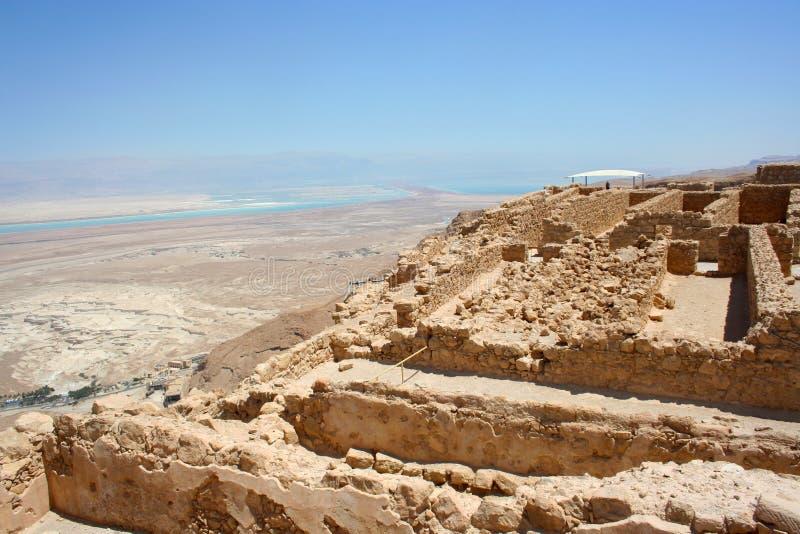 Rovine della fortezza antica di Masada Parco nazionale di Masada nel deserto di Judean, Israele immagini stock libere da diritti